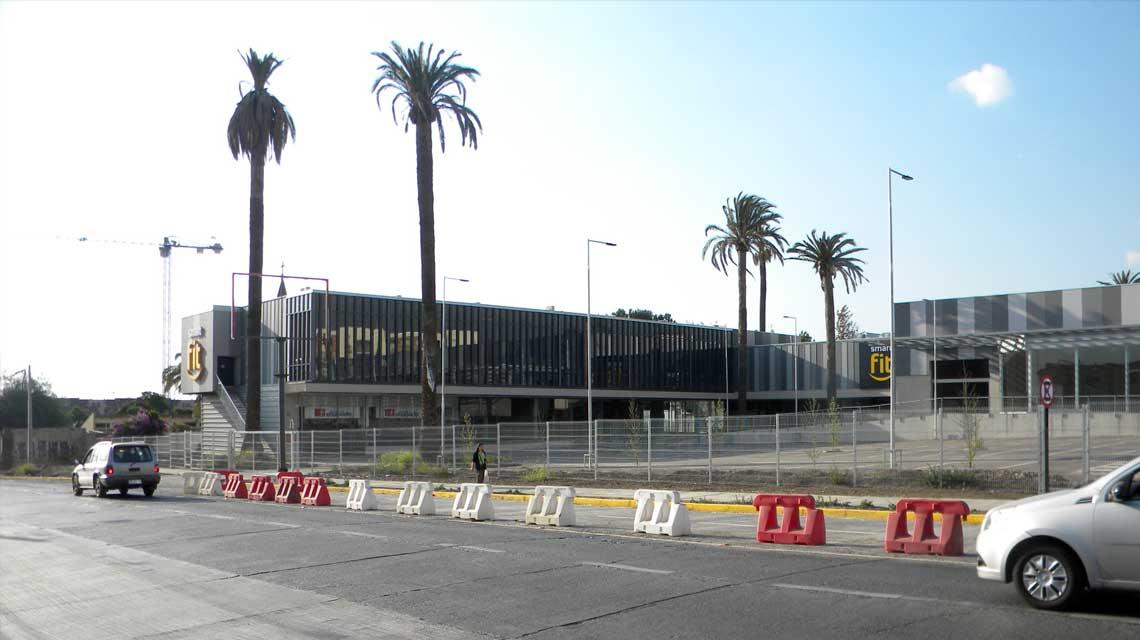 Centro Comercial Walker Martínez